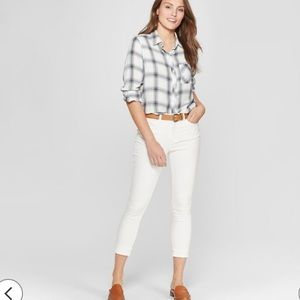 NWOT Mossimo women's crop white jeans